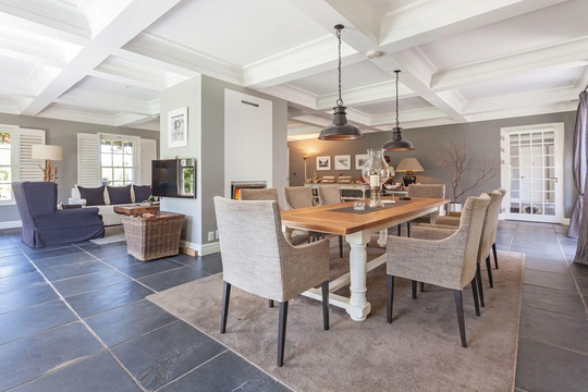 Gallery | 14 on Klein Constantia